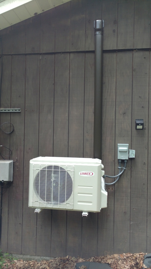 Installed a new Lennox Ductless heatpump system in Cresco