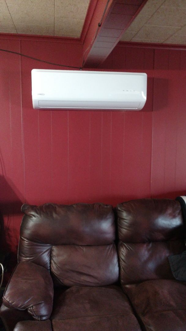 Lansford, PA - Installed a new Lennox Ductless heat pump system in Lansford