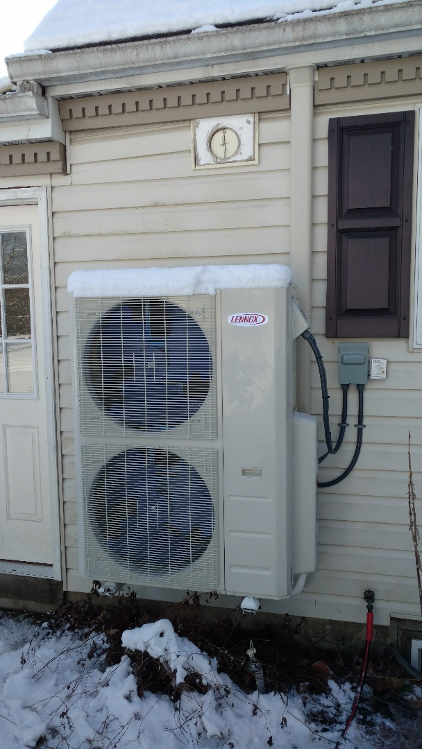 Kunkletown, PA - Installed a new Lennox Ductless heat pump system in Kunkletown