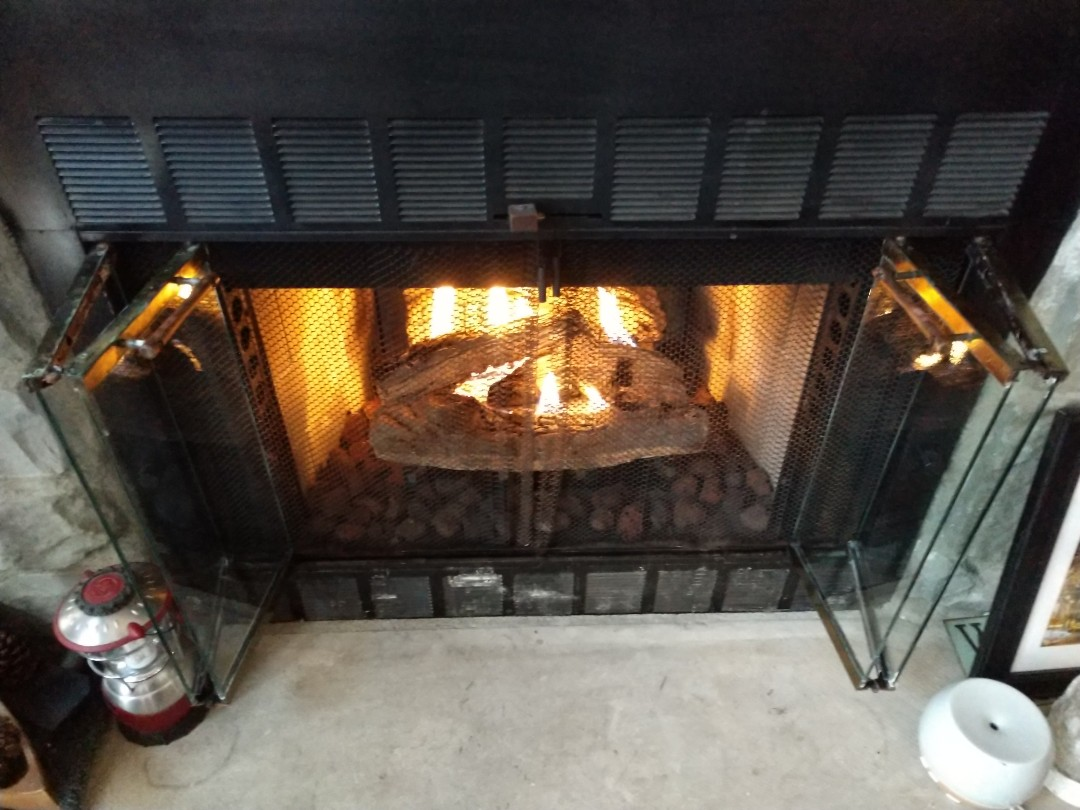 Jim Thorpe, PA - Cleaning gas fireplace in Jim thorpe
