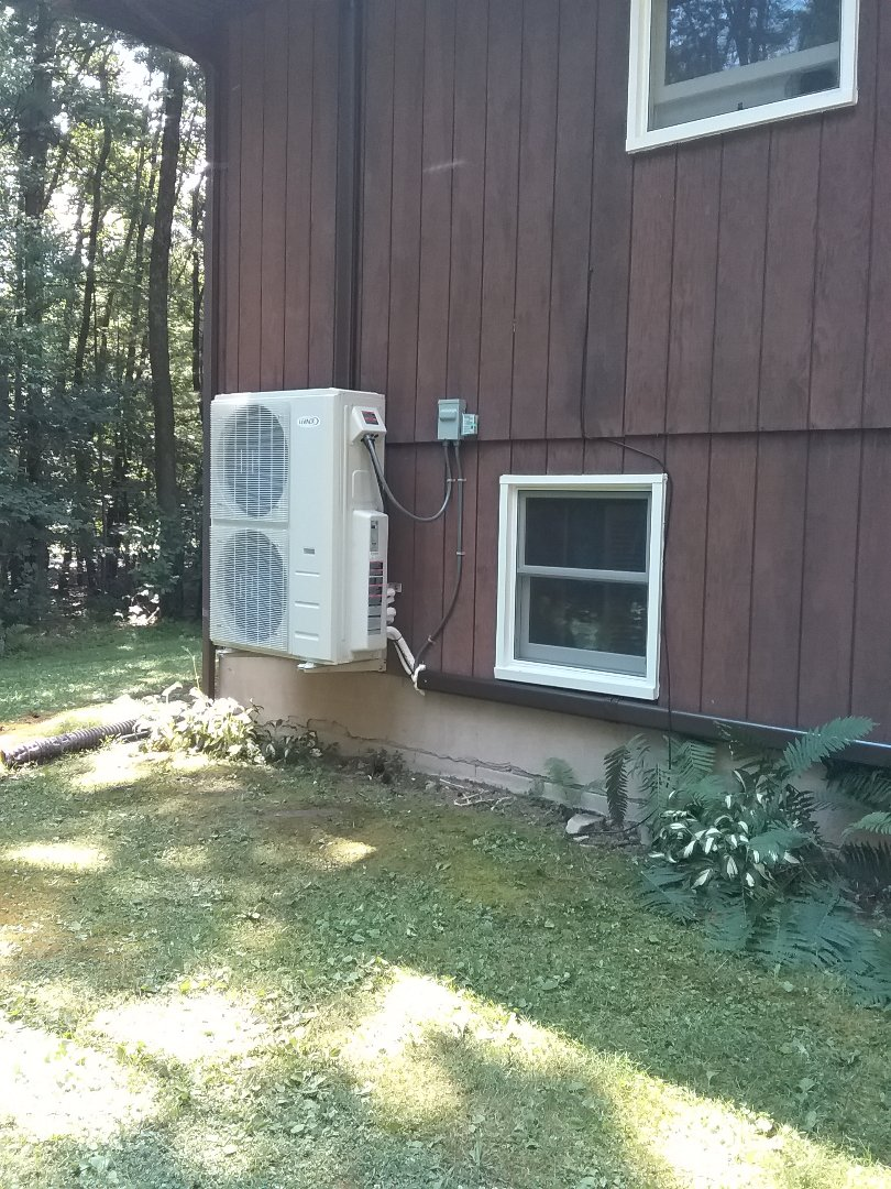Effort, PA - Installed 3 zone Lennox ductless heat pump system in Effort.