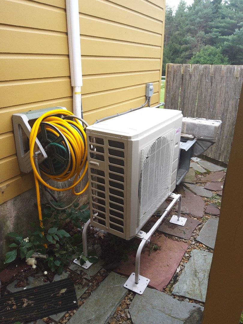 Lehighton, PA - Installing a new dual-zone ductless heat pump system in Leighton