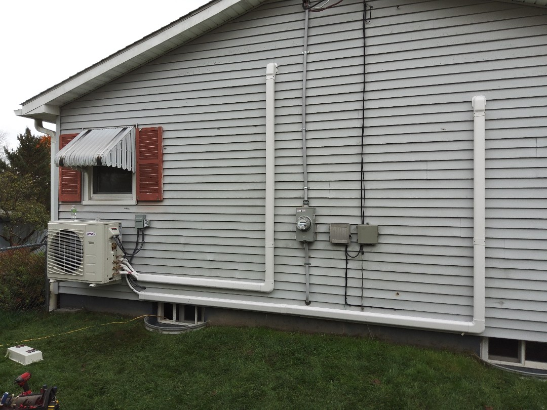 Stroudsburg, PA - Installed a new Lennox 3-zone ductless heat pump system in Stroudsburg