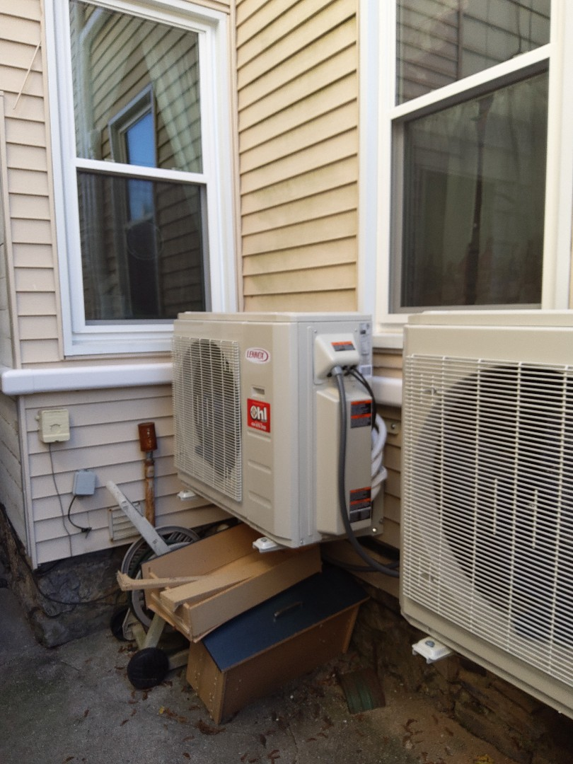 Easton, PA - Installing a new 3-zone Lennox ductless heat pump system in Easton