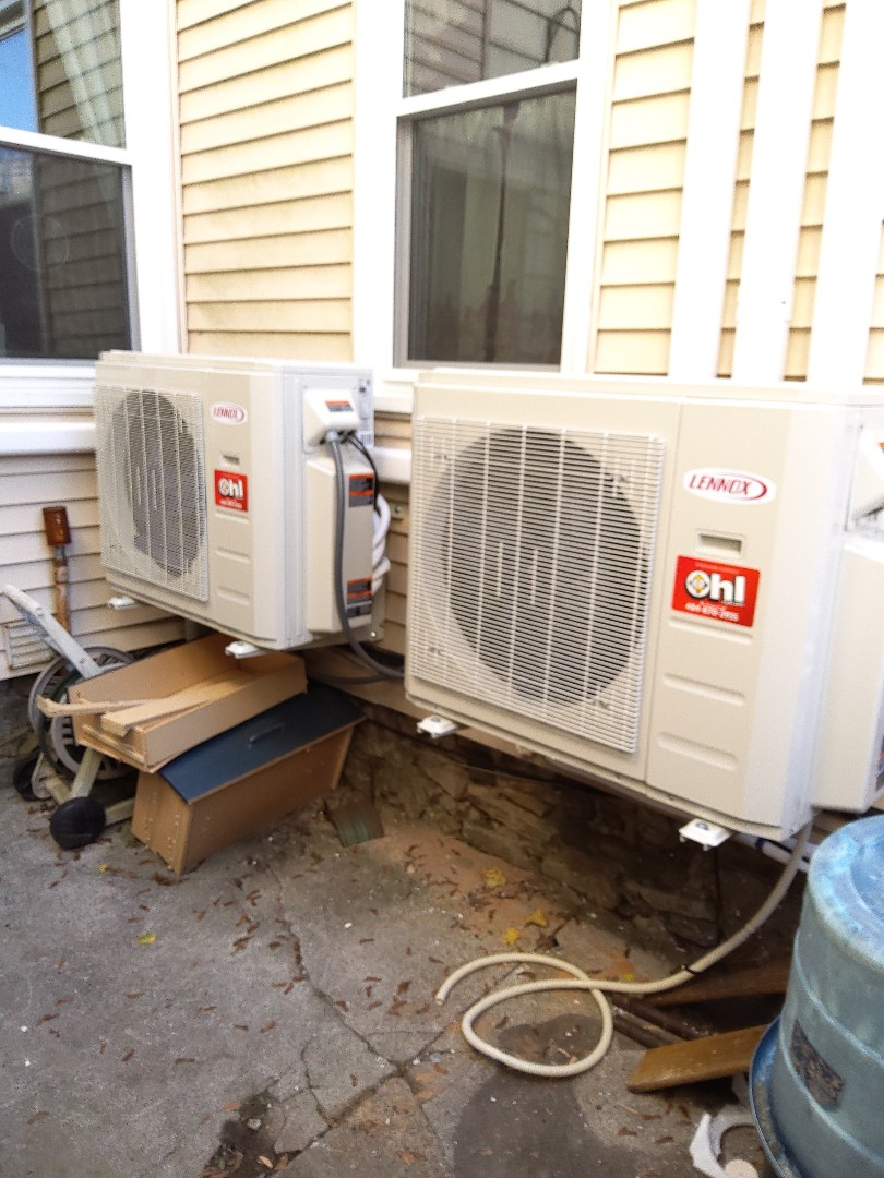 Easton, PA - Installing 5 zone Lennox ductless heat pump system in Easton.