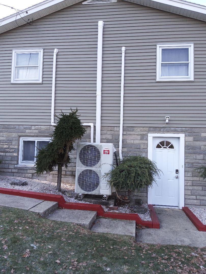 Lehighton, PA - Changing out refrigerant line sets in Lehighton.