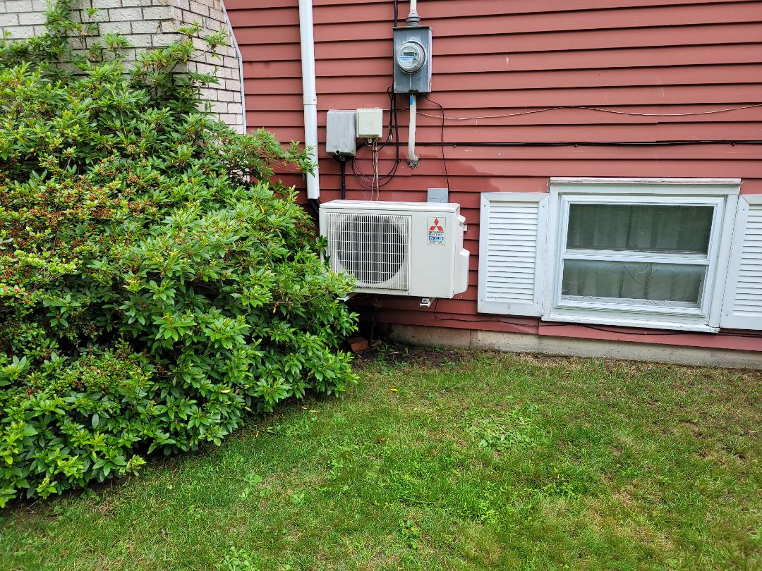 Kunkletown, PA - Cleaning Mitsubishi ductless system