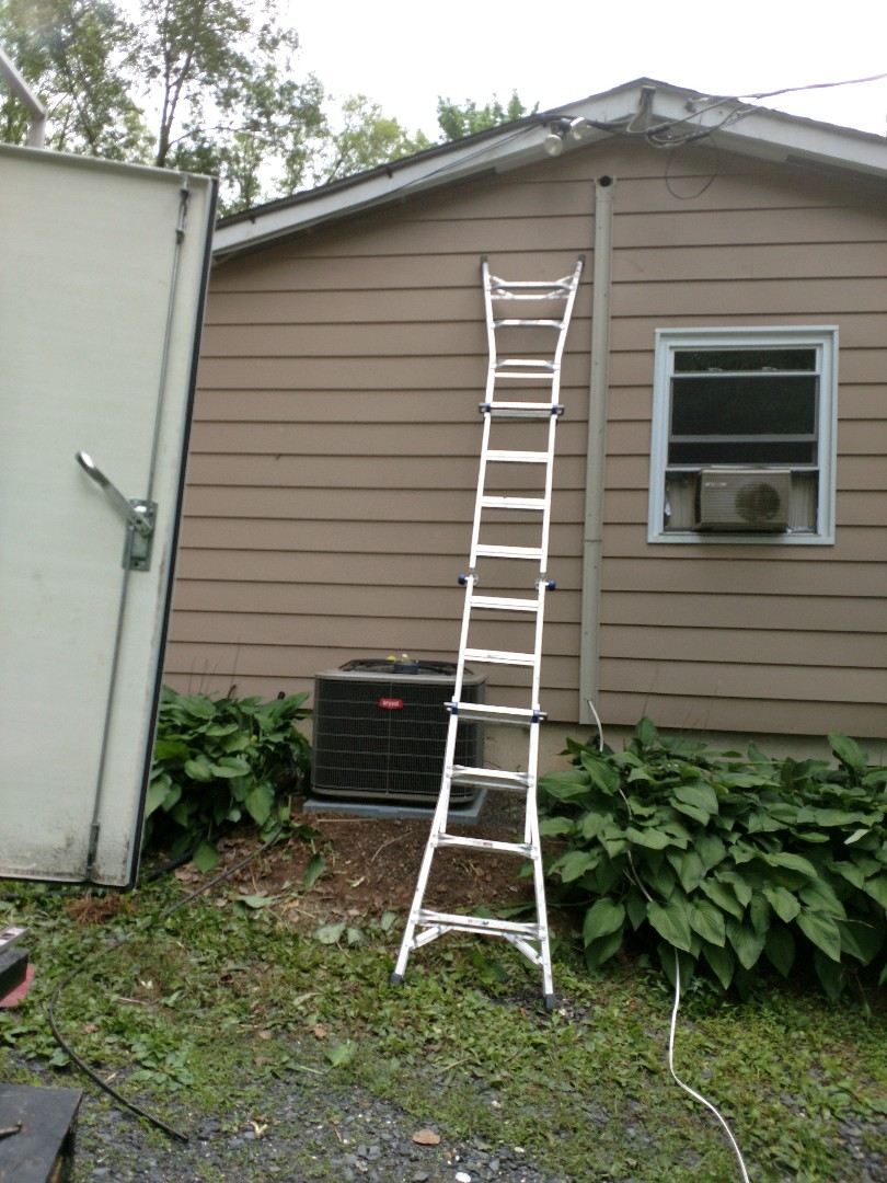 Saylorsburg, PA - Installing a Bryant central air conditioning in kunkletown PA