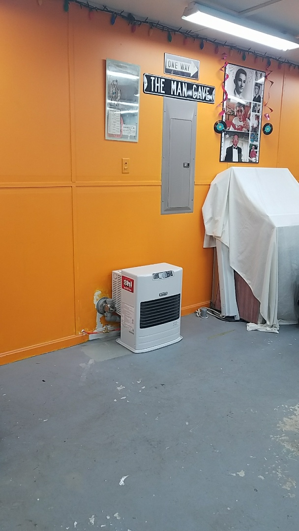 Lehighton, PA - Toyotomi space heater installed closer to main st.