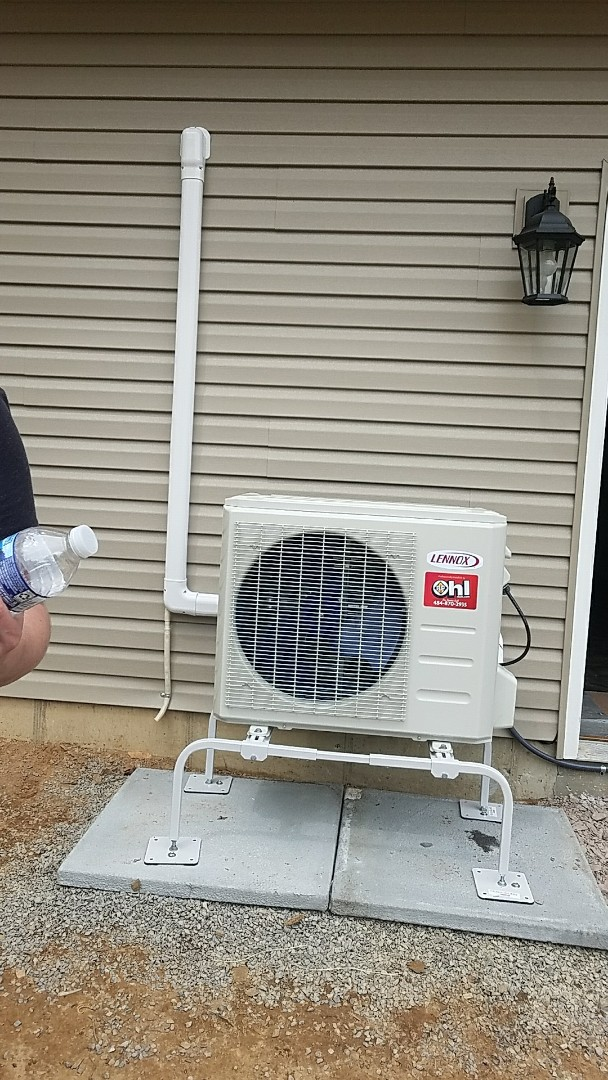 Long Pond, PA - Lennox Ductless heat pump system installed