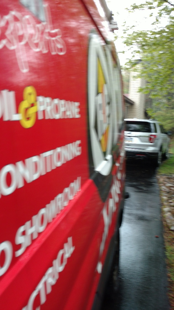 Long Pond, PA - Installing a tri-zone Ductless heatpump system in Long Pond
