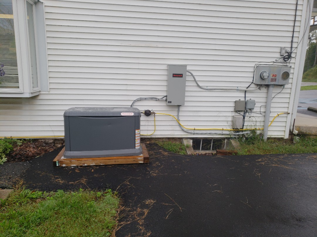 New Ringgold, PA - New generator installation. Nice job guys!