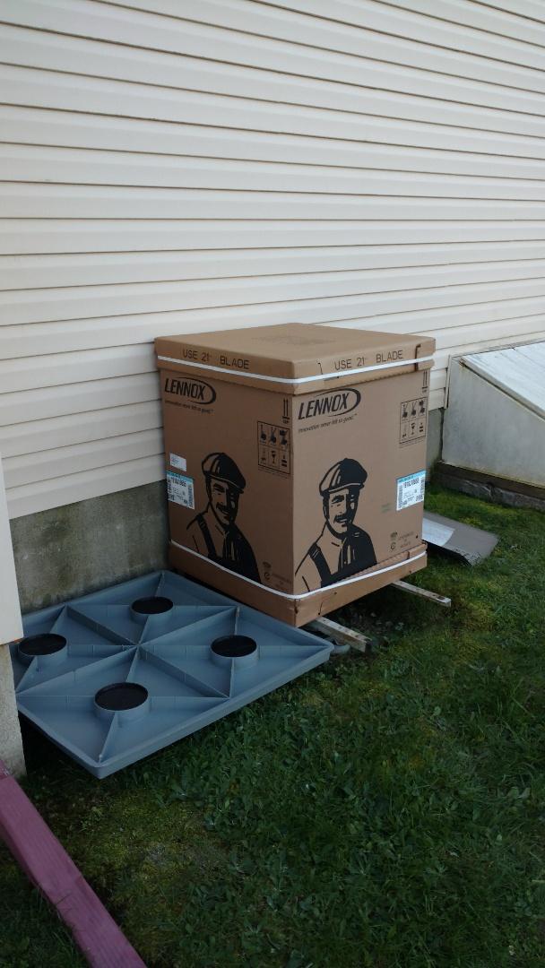 Blakeslee, PA - Installing a new Lennox Heat Pump system in Effort