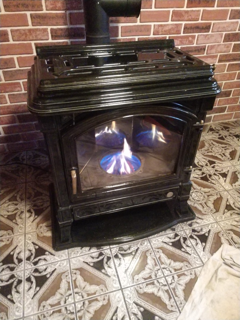 Nesquehoning, PA - Oil stove maintenance