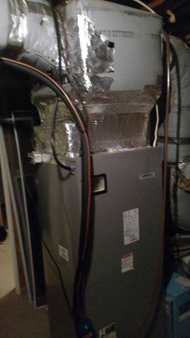 Walnutport, PA - Installing a new electric heat pack in a heat pump system in Walnutpoet