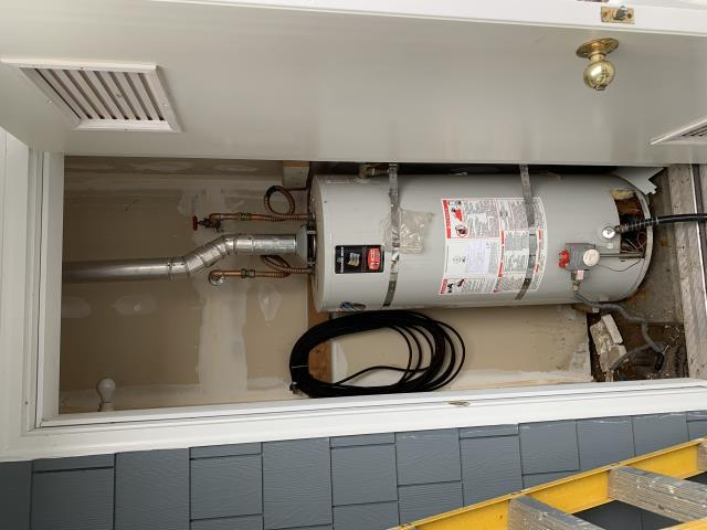 Stanwood, WA - Proposing a new hot water tank estimate or tankless hot water heater estimate for Shannon K. in Stanwood, WA.