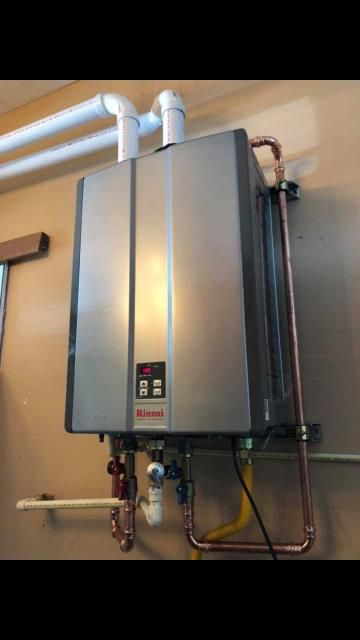 Freeland, WA - Proposing a new tankless water heater for a customer in Freeland, WA.