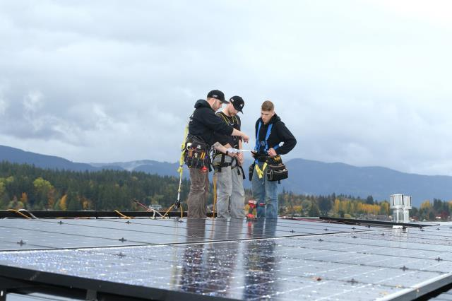 Everson, WA - Meeting with a customer in Everson, WA, to propose a custom solar system for his home.