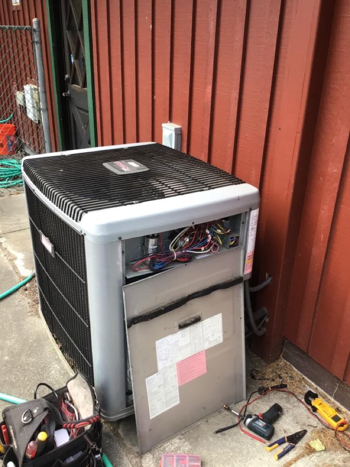 Coupeville, WA - Heat pump troubleshooting in Coupeville, WA.