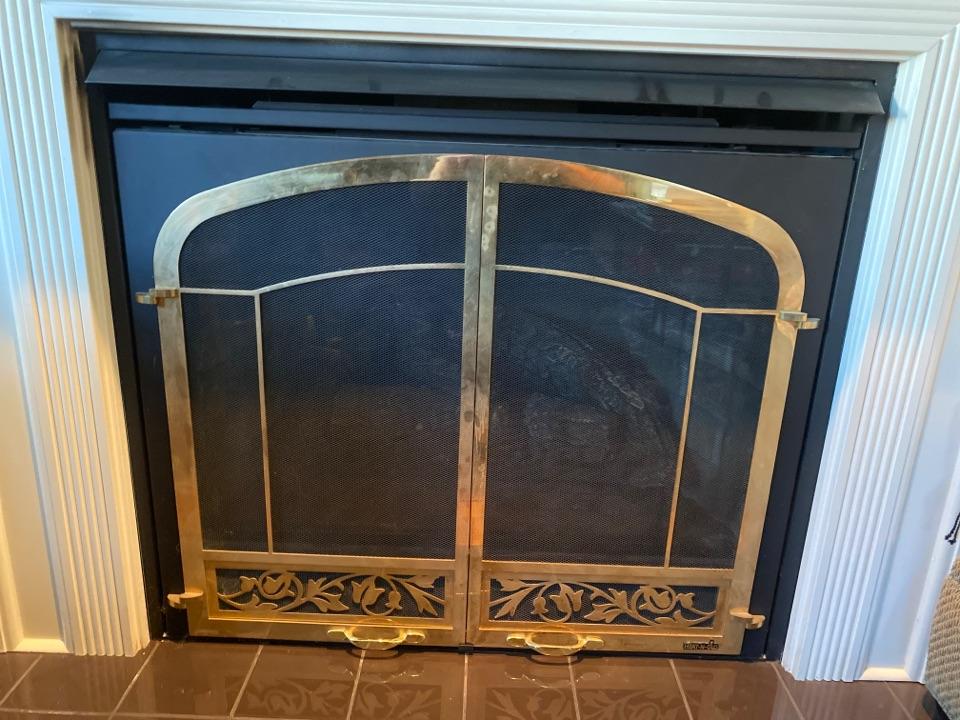 La Conner, WA - NG fireplace maintenance. La Conner Washington