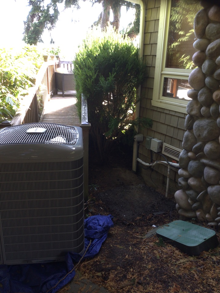 Freeland, WA - Decommissioned and moved outdoor unit for customer. Freeland WA