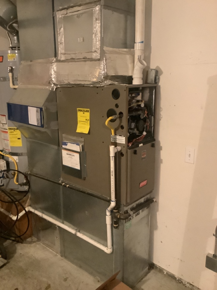 La Conner, WA - Replaced inducer assembly on LP furnace, La Connor, WA
