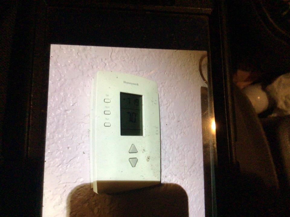 Coupeville, WA - Thermostat diagnostic in Coupeville, WA.