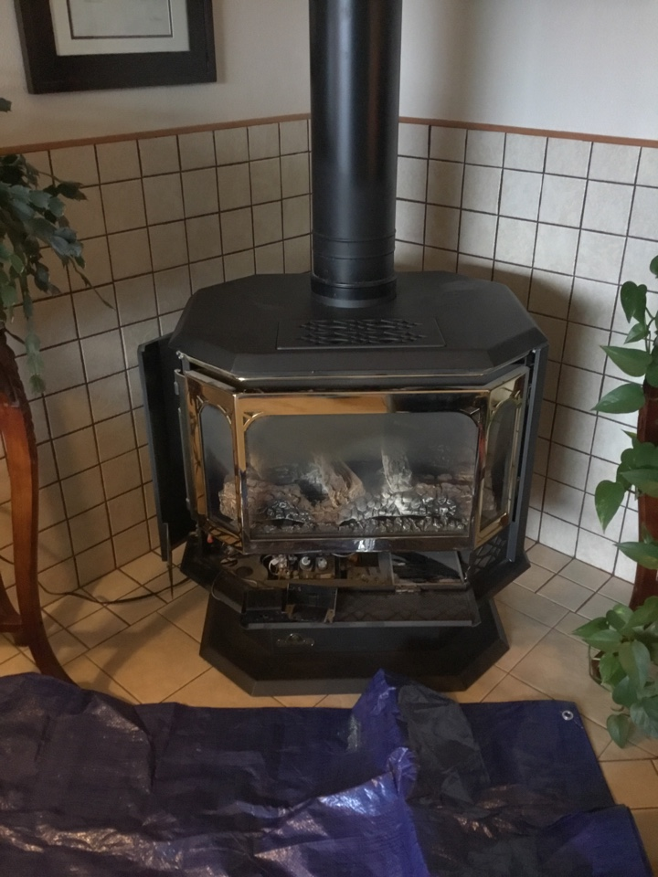 Anacortes, WA - Performed annual maintenance on gas fireplace and furnace for family and Anacortes Washington