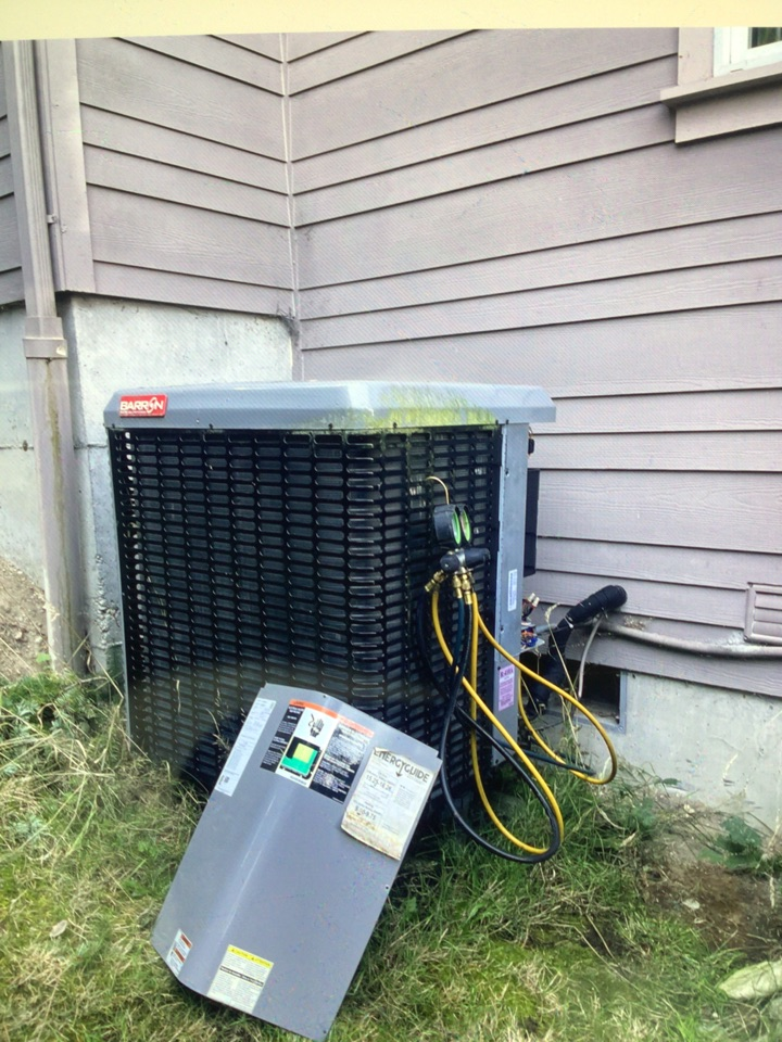 Coupeville, WA - Performed diagnostic on heat pump for customer. Coupeville WA