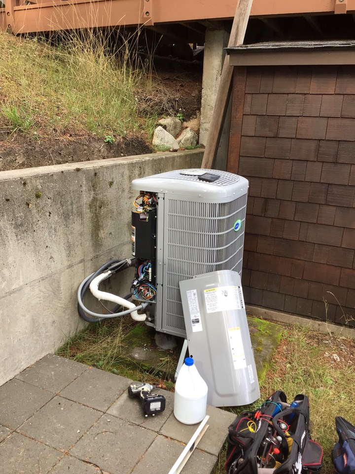 Friday Harbor, WA - Heat pump maintenance in Friday Harbor, Wa.