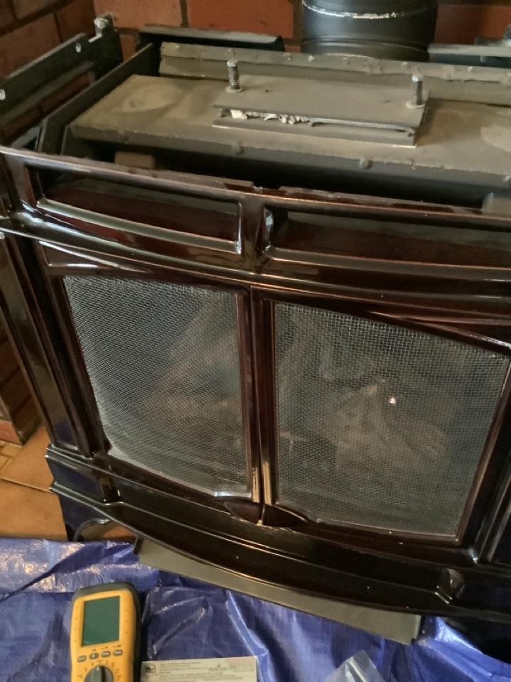 Everson, WA - Performed maintenance on LP fireplace, Everson, WA