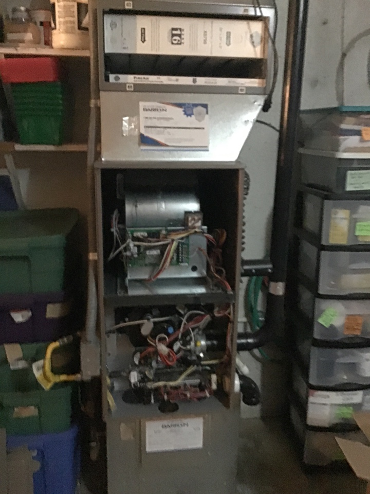 Bellingham, WA - Gas furnace with air purifier maintenance. Bellingham,wa