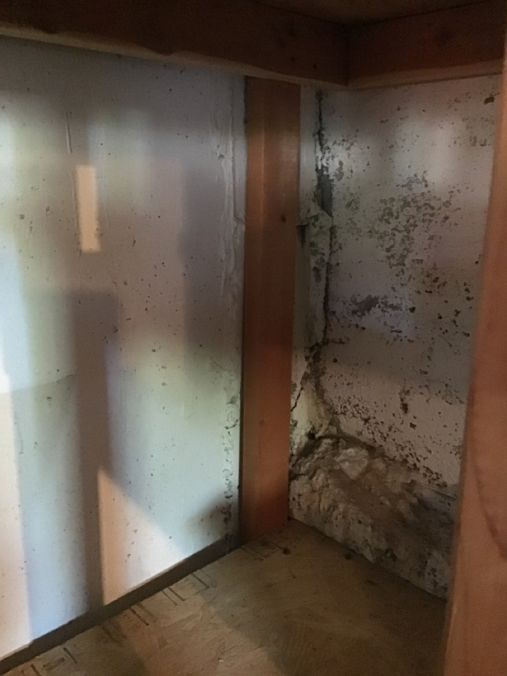 This garage is Flooding inside when it rains.  A simple crack injection will do the trick and come with the automatic transferable light for the structure waterproofing warranty!
