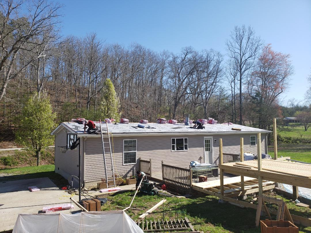 Jeffersonville, KY - Replacing 19 sq roof that had been leaking. Replaced wood in two places due to rot.