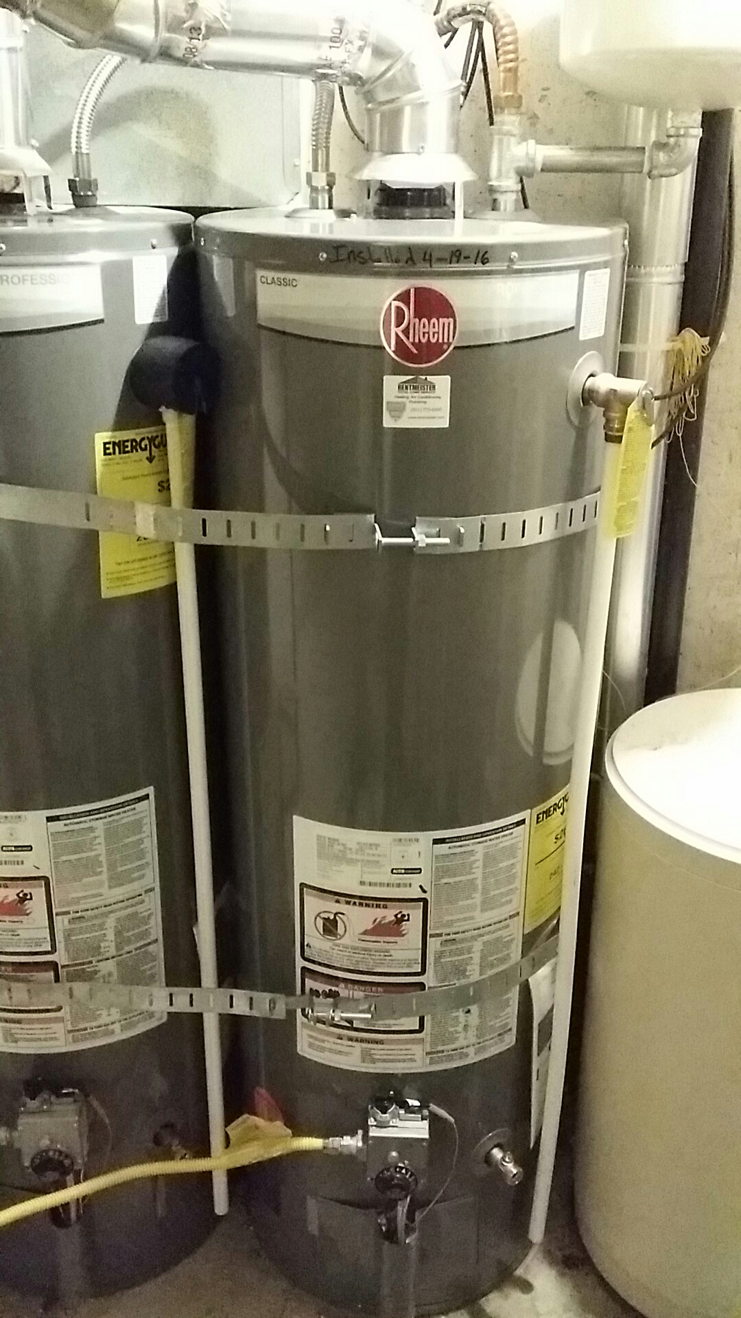 Roy, UT - Water heater replacement