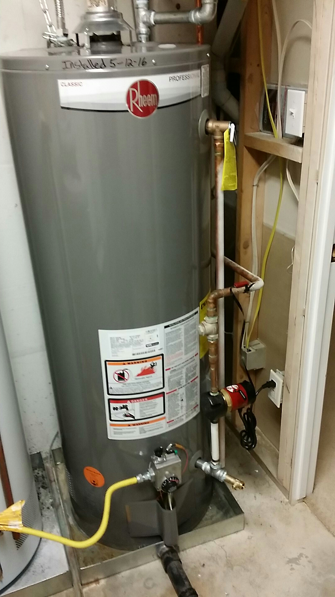 Clearfield, UT - Water heater replacement