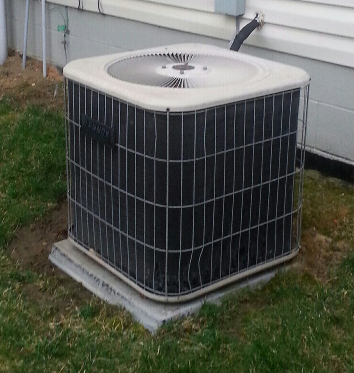 Reynoldsburg, OH - Working on a Lennox air conditioning unit, doing a complete spring tune up.