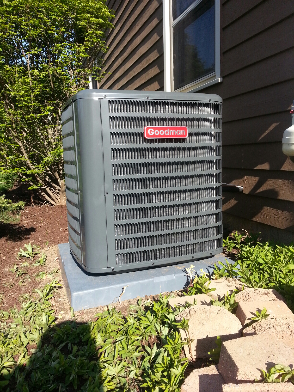 Grove City, OH - Installation of a Goodman heatpump and electric furnace.