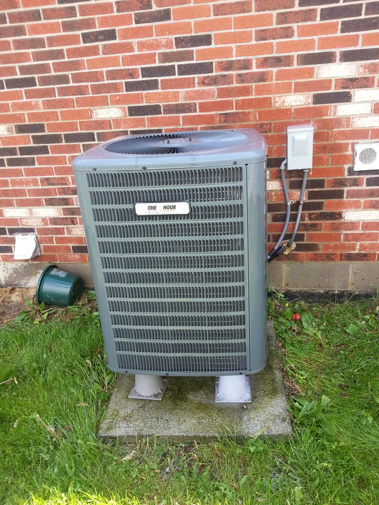 Sunbury, OH - AC heat pump tune up on Goodman equipment