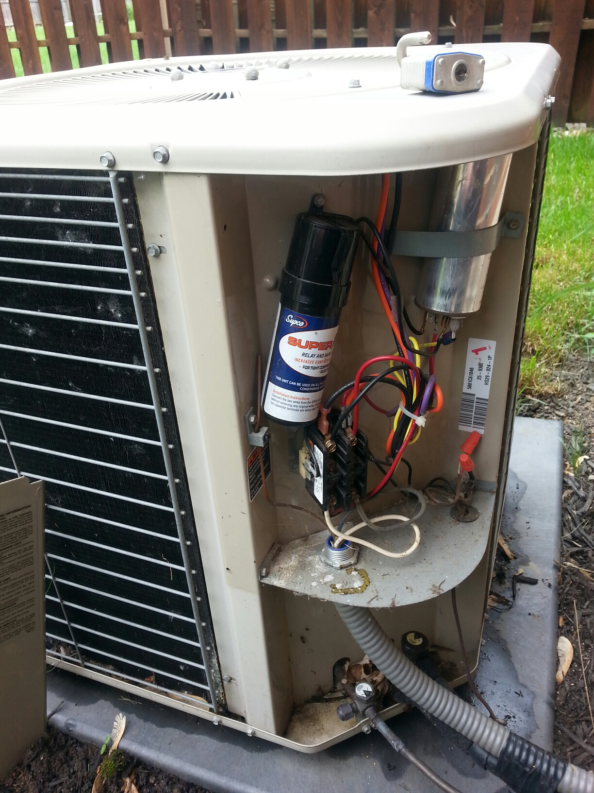 New Albany, OH - Performance tune up on a Lennox ac unit.