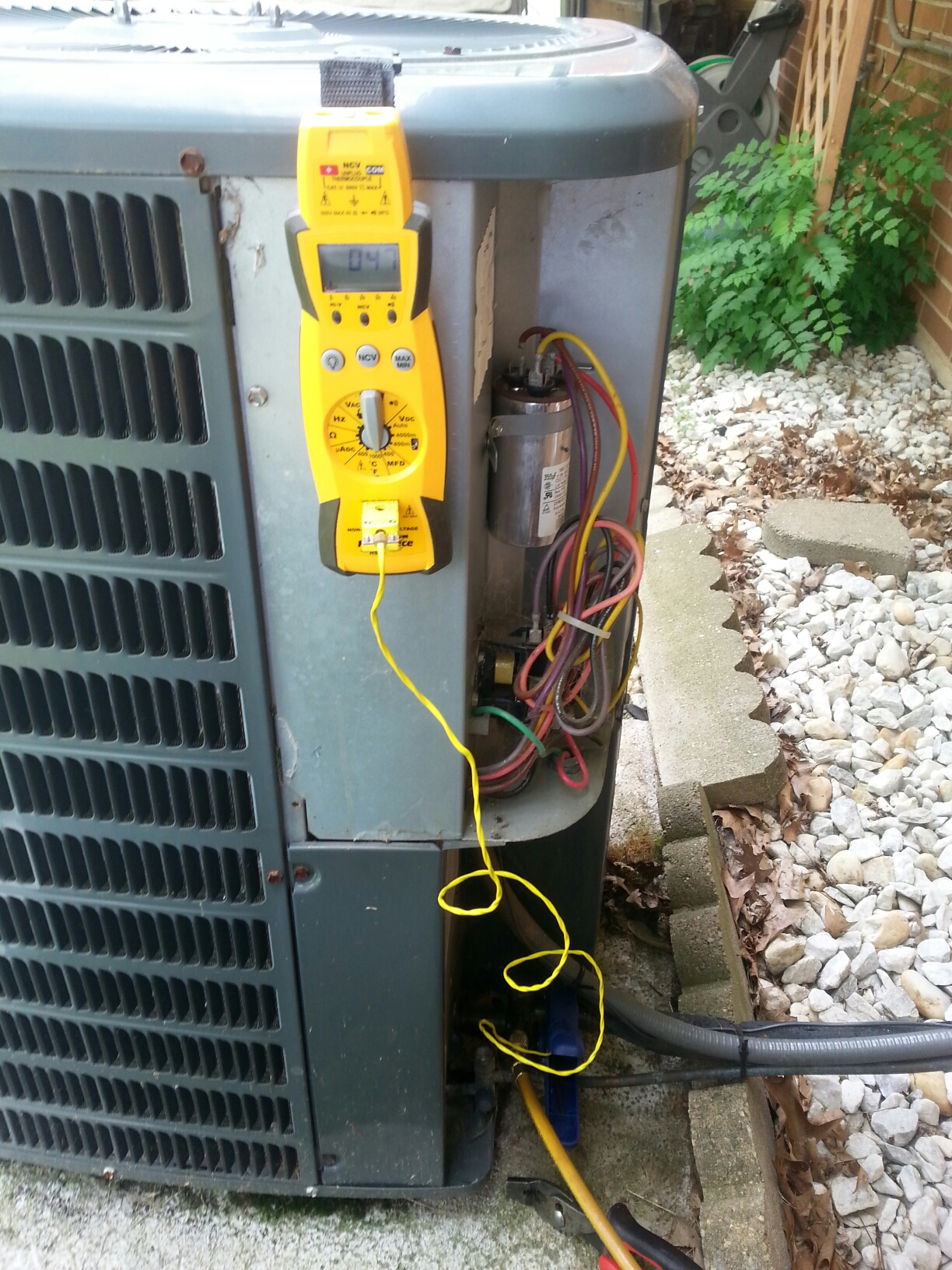 Reynoldsburg, OH - Performance tune up of a Oe Hour ac unit.