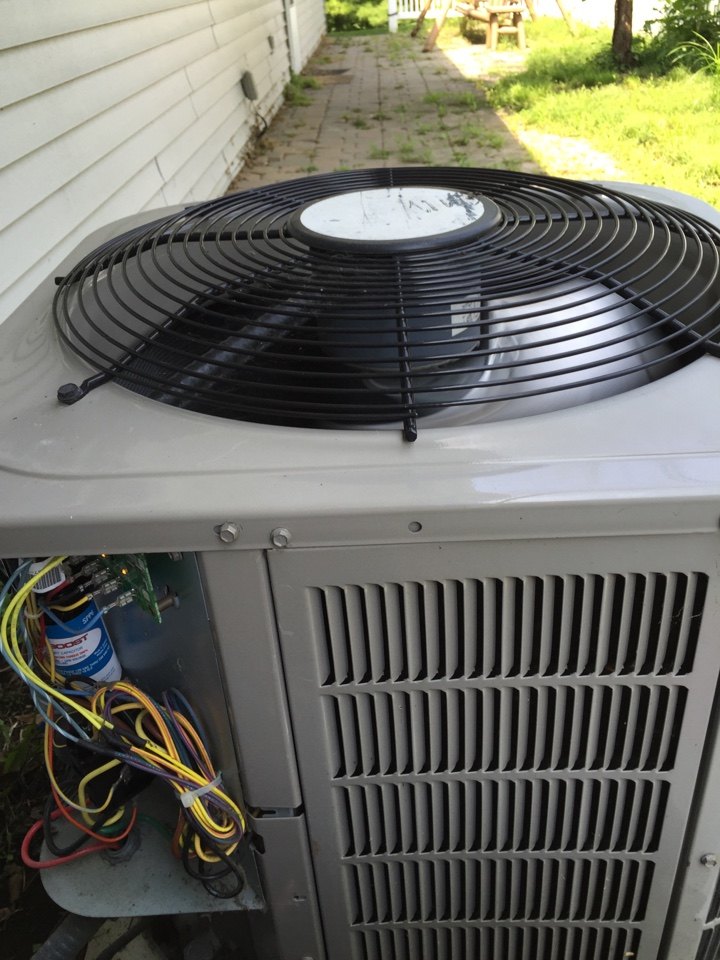 Worthington, OH - Tune up of an ac unit.