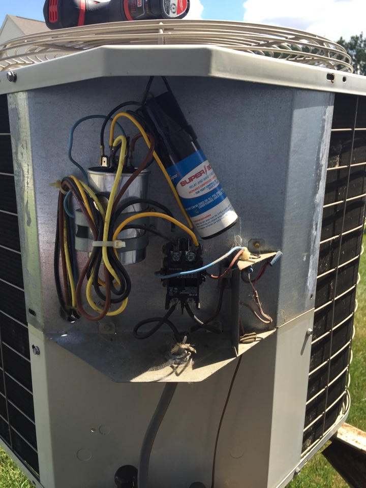 Blacklick, OH - Tune up of a Bryant ac unit.