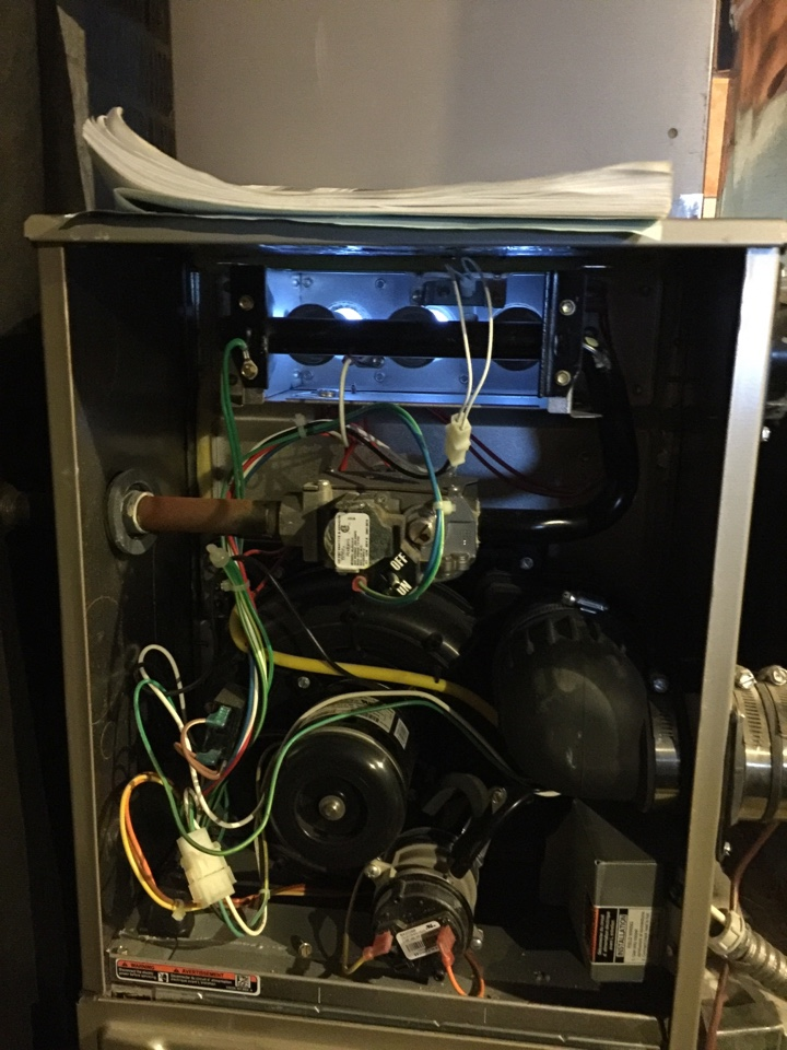 Galloway, OH - Carrier furnace tuneup
