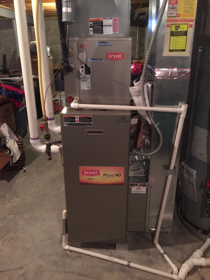 Delaware, OH - Tune up on an 8 year old Bryant gas furnace!