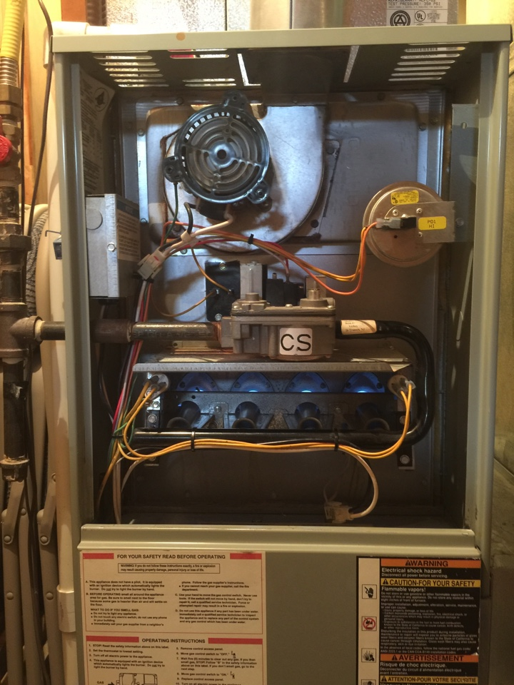 Lewis Center, OH - Tune up on a 20 year old Trane gas furnace.