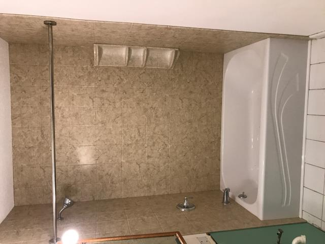 Farmington, CT - Replaced tub, installed acrylic walls, shower head, and faucet. Customer was highly satisfied with end result.