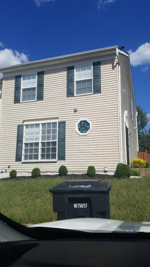 """District Heights, MD - Leaf relief, gutter guards, clogged gutters, 5"""" gutters, gutter install"""