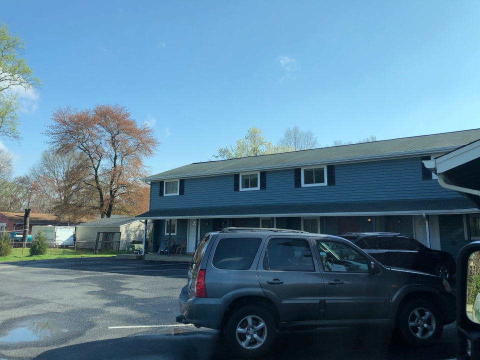 Indian Head, MD - Leaking roof. Old missing shingles. Replace with timberline GAF shingles. And new seamless white gutters