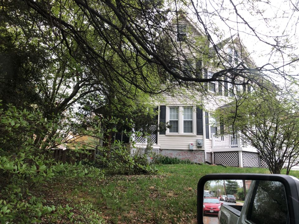 Hyattsville, MD - Old siding needs to be replaced, insurance is making him do it. Replace with James Hardie fiber cement siding